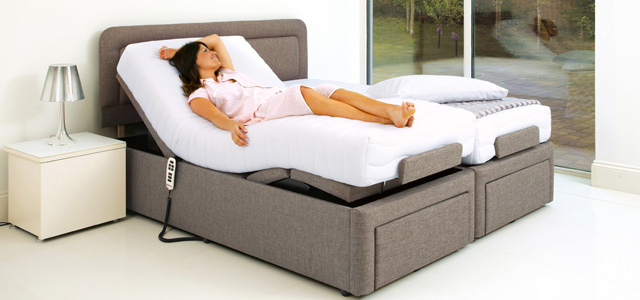 6' Dorchester bed with Model main image